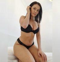 Erotic massage Warsaw | Nicole Kaminski - masseuse in Warsaw Photo 27 of 27