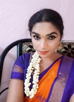 Nithya - escort in Chennai Photo 4 of 5