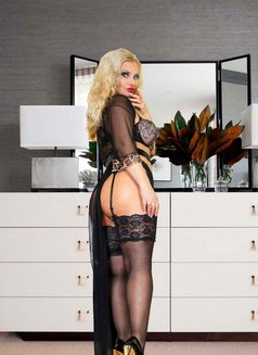 O L E N K A LUX MOSCOW ESCORT - escort in Moscow Photo 17 of 30