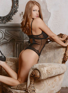 Olga 100 € - escort in Saint Petersburg Photo 4 of 5