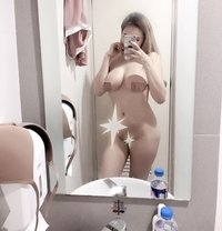 Olive the Hot Mom SELLING SEx VIDEOS - escort in Manila Photo 30 of 30