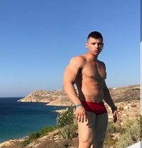 Olixl - Male escort in Cannes