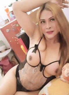 on fire ts brigitte - Transsexual escort in Jakarta Photo 27 of 30