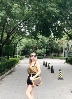 MYRANDA -December 5 to 10 - escort in Hong Kong Photo 17 of 30