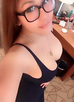 Pangyaw Samantha - escort in Taipei Photo 2 of 4