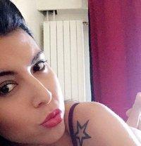 Paola Bracho - Transsexual escort in Paris