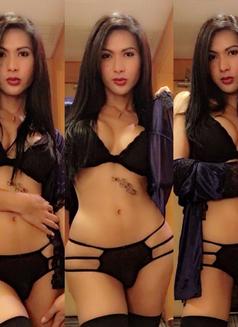 Mistreselegant Paradise found - Transsexual escort in Tokyo Photo 20 of 30