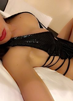 Mistreselegant Paradise found - Transsexual escort in Tokyo Photo 25 of 30