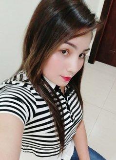 Pareet Indian Girl - escort in Abu Dhabi Photo 2 of 4