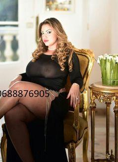 Patricia Paris 15eme ♥ - escort in Paris Photo 13 of 20