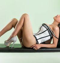 Paula Biase TOP SHEMALE XXL - Transsexual dominatrix in Barcelona