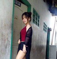 Paula - escort in Manila