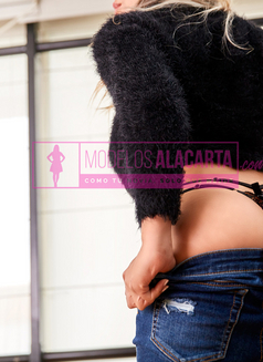 Paula Gold - escort in Bogotá Photo 3 of 4