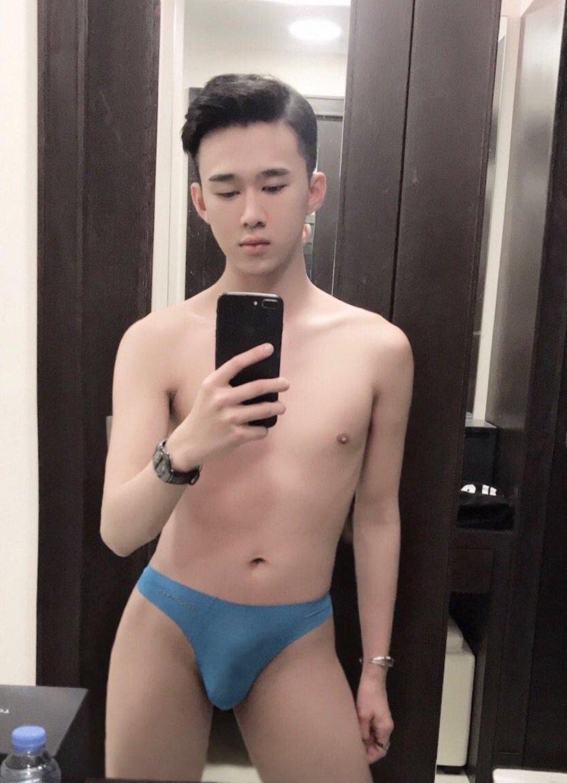 escort Cute gay