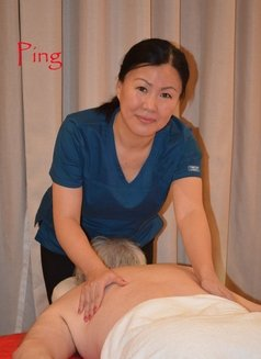 Ping Massage - masseuse in Al Manama Photo 1 of 8
