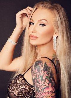 Pornstar Kayla Green - escort in Budapest Photo 3 of 8
