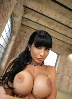 Pornstar Valentina Ricci Xxx - escort in Brussels Photo 6 of 8