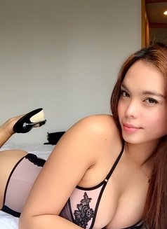 Gorgeous Ashley <3 - Transsexual escort in Seoul Photo 8 of 30