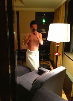 Private Male on Door Service(no Agent) - Male escort in Beijing Photo 1 of 1