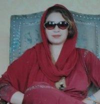 Priya Gul Indian Escort - escort in Dubai