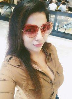 Priyanka Busty Girl - escort in Dubai Photo 1 of 3