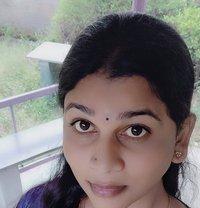 Priyatranny - Transsexual escort in Chennai