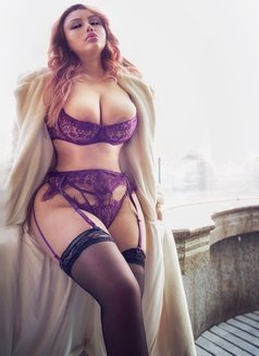 Published playmate Lesliy flymetoyou - escort in Beijing Photo 20 of 26
