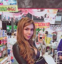Rachellicious69 - Transsexual escort in Tokyo Photo 6 of 11
