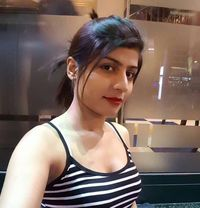 Radhika kapoor Indian escort in Dubai - escort in Dubai