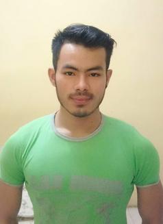Rakha Quenoz - Male escort in Jakarta Photo 4 of 5