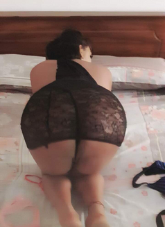 Raveensenali - Transsexual escort in Colombo Photo 1 of 20