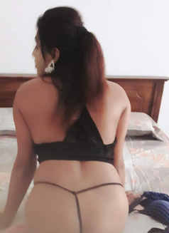Raveensenali - Transsexual escort in Colombo Photo 2 of 20