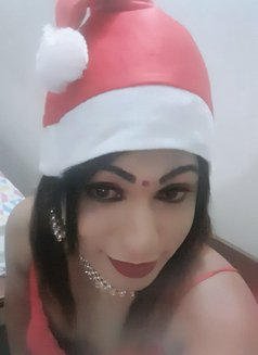 Raveensenali - Transsexual escort in Colombo Photo 15 of 20