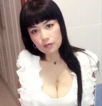Real Pic Lucy for Anal Services - escort in Dubai