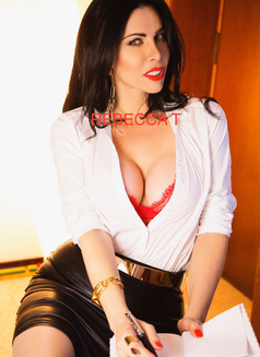 Rebecca Ts - Transsexual escort in Milan Photo 11 of 13