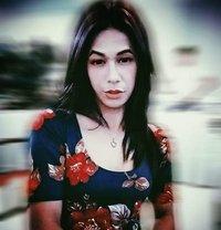 Red De Amor - Transsexual escort in Makati City