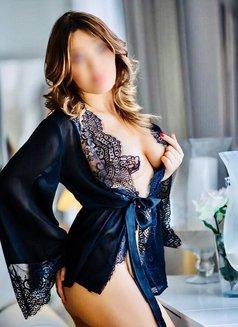 Reina-last week! - escort in Dubai Photo 9 of 30