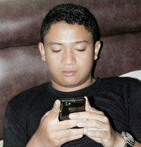 Reza Bi Mssg - Male escort in Jakarta