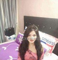 Richa Sharma - Transsexual escort in Mumbai