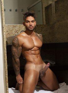 Ricky brasileiro - Male escort in Hong Kong Photo 4 of 7
