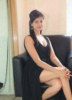 Rishi Singh - escort in Mumbai Photo 3 of 3