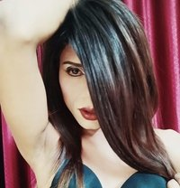 Riya - Transsexual escort in Mumbai