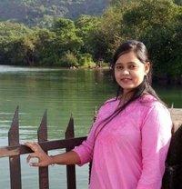 Riya Patel - escort in Mumbai Photo 1 of 3