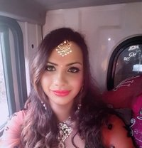 Riya Roy - Transsexual escort in Bangalore