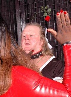 Rome & Milan Bbw Black Mistress - dominatrix in Rome Photo 11 of 18
