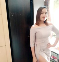 Rose Filipinio - escort in Abu Dhabi Photo 1 of 4
