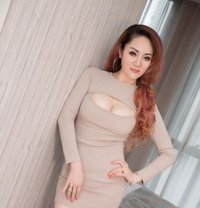 tall and beautiful-rose - escort in Muscat Photo 1 of 6