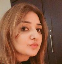 Roshini Busty Milf - escort in Al Ain