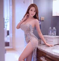 Rosie - escort in Shanghai Photo 1 of 11