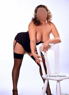 Roxana Popescu - escort in Bucharest Photo 2 of 7